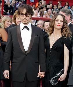 Johnny Depp breaks silence on 'unpleasant' Vanessa Paradis ...