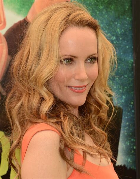leslie mann long curly hairstyles popular haircuts