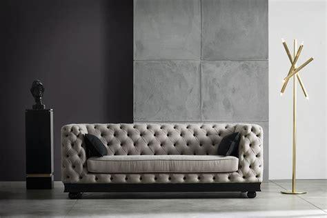 Immagini Divani Classici divani classici eleganti stupendi foto scoprili su