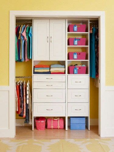 small bedroom closets 1000 ideas about small bedroom closets on pinterest 13209 | 967487f25d0bccac52a280f5451f5ee6