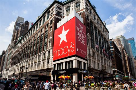Macy's Ceo Says Early Thanksgiving