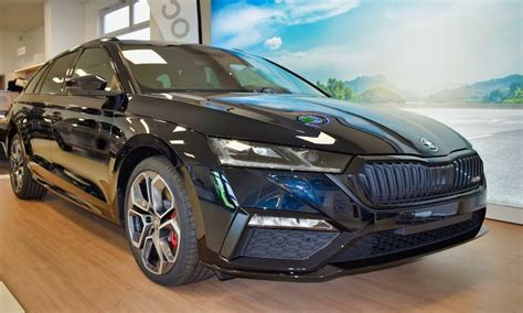 Used skoda octavia cars for sale, second hand & nearly new skoda octavia | aa cars. Skoda Octavia RS als FIRST EDITION Modell erhältlich ...