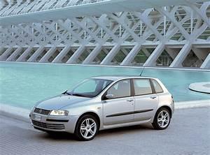 Fiat Stilo 2002 : mojagaraza fiat stilo hatchback 2002 2007 mojagara a ~ Gottalentnigeria.com Avis de Voitures