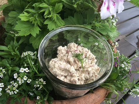 cuisiner maquereau frais apéritif ou entrée rillettes de maquereau terre et mar
