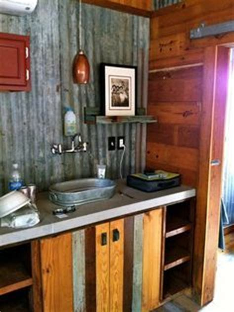 Small Rustic Bathroom Ideas On A Budget by 25 Best Ideas About Rustic Bathroom Shower On