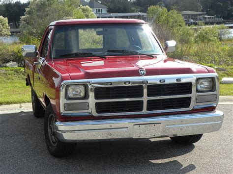 1991 Dodge Ram 1500 d150 Red Low miles Very nice