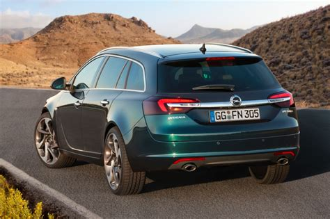 2014 Opel Insignia And Its Retuned Chassis