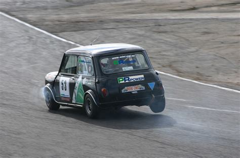 mini lave linge cing car mini ons racing takes to the track pr power