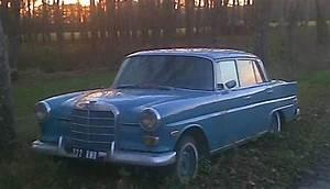 1968 Mercedes Benz 200d - Blue