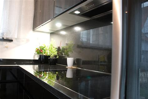Küchen Schwarz Hochglanz by K 252 Che In Schwarz Hochglanz