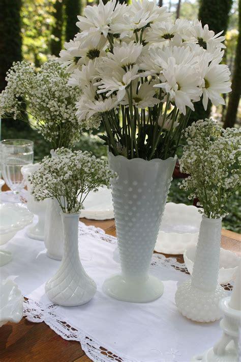 milk glasses vases   sizes  perfect  classic