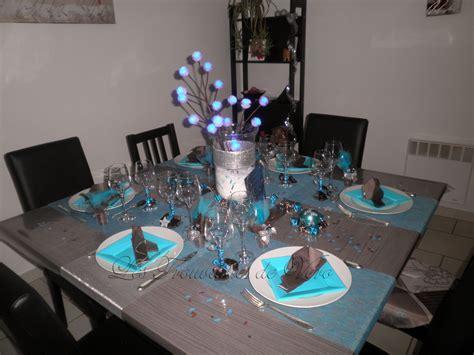 decoration table noel bleu et gris s 233 clairer efficacement avec les led et un design efficace