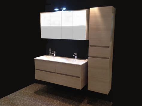 meuble salle de bain arrondi pas cher salle de bain id 233 es de d 233 coration de maison 2eybj4rlo7