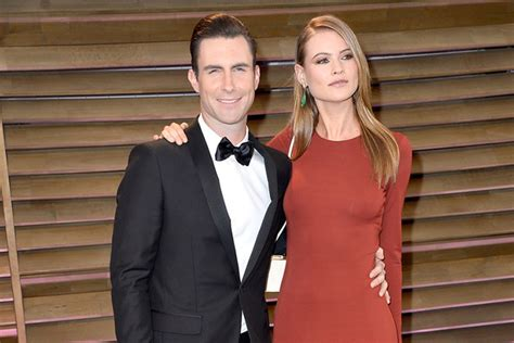 maroon 5 height adam levine biography personal life photos songs age