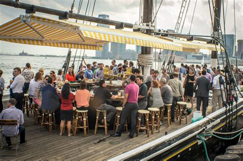 Boat Basin Cafe Wedding by Best Boat Bars For Outdoor On The Water In Nyc