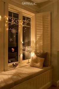 Was Ist Ein Erker : die fensterbank im erker ist weihnachten ein besonders gem tlicher platz weihnachten ~ Frokenaadalensverden.com Haus und Dekorationen
