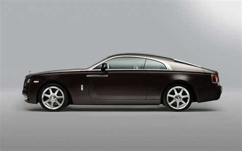 rolls royce rolls royce wraith first look new cars reviews