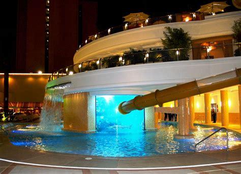 hotel las vegas avec dans chambre 15 des plus belles piscines du monde 2tout2rien