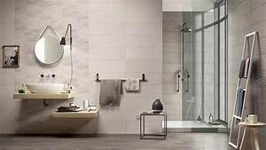 Carreaux Adhesif Salle De Bain : comment changer son carrelage de salle de bains soi m me ~ Melissatoandfro.com Idées de Décoration
