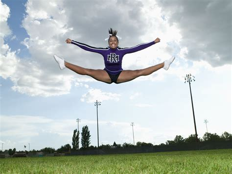 cheerleaders  perfect  toe touches