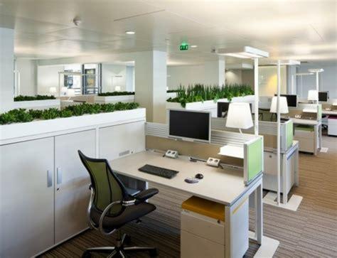 bureau ag e aménagement de plantes d 39 intérieur pour le bureau de travail