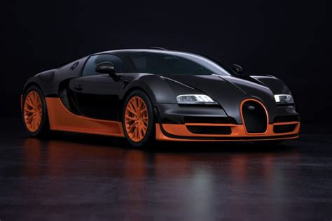 Bugatti is enhancing the new chiron's cabin thanks to the newly announced sky view. Bugatti Veyron 16.4 Super Sport claims Fast Car on Earth Title - Luxuvere