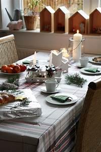 Wohnung Weihnachtlich Dekorieren : tisch weihnachtlich dekorieren erwin m ller lavendelblog ~ Buech-reservation.com Haus und Dekorationen
