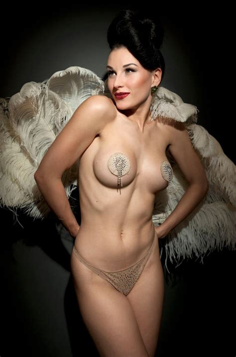 Burlesque Female Dancers Pics Xhamster