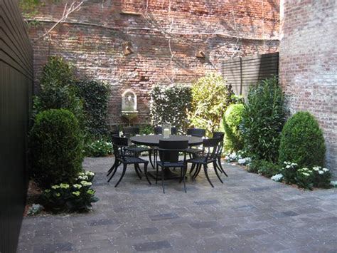 Nyc Backyard by Rooftop Gardens Terraces New York City Interior