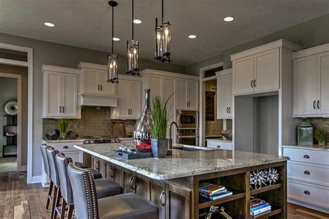 bold kitchen colors get the look make a statement with bold colors 1758
