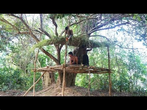 primitive tool build simple tree house  roof