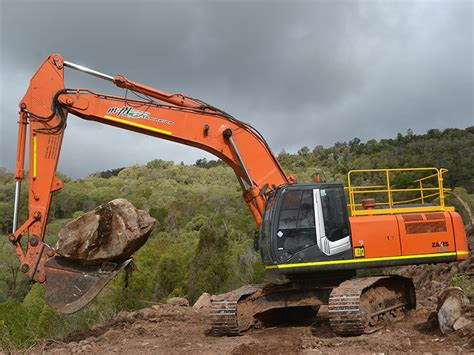 hitachi zaxis  lc excavator review