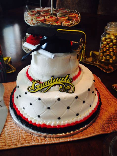 sams warehouse club  sells    tier cakes great price  taste graduation cakes