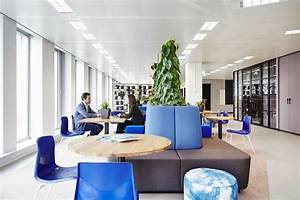 Modern Office Design in Amsterdam Features Laid-Back Work