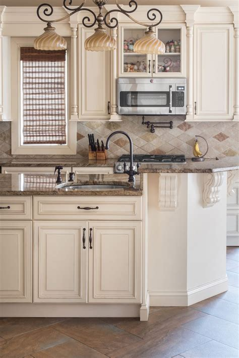 ivory cabinets ideas  pinterest ivory kitchen