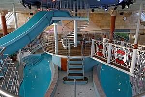 Pool Spa Fitness Color Fantasy Kreuzfahrtschiff Bilder