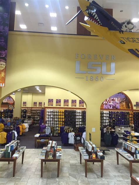Barnes Noble Baton by Barnes Noble Lsu View From The Escalator Yelp