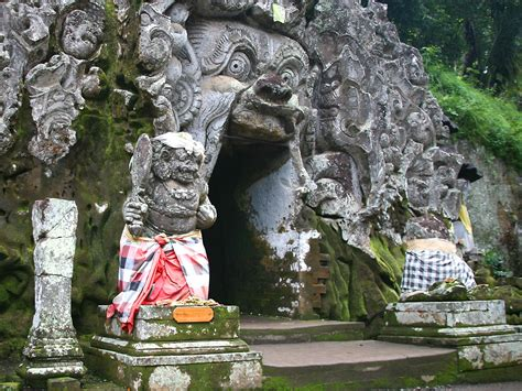 interesting experience  pura goa gajah bali feel  bali
