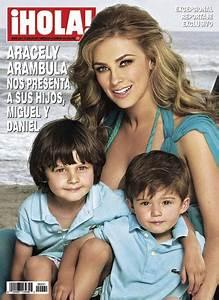 En la revista ¡HOLA! México de esta semana, Aracely Arámbula nos presenta a sus hijos Miguel y