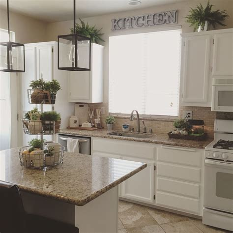 farmhouse kitchen decorating  kitchen cabinets