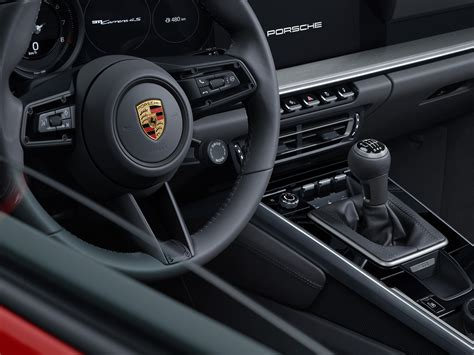 In the video i take a look at the details. Row your own way: 2020 Porsche 911 Carrera S and 4S manual ...