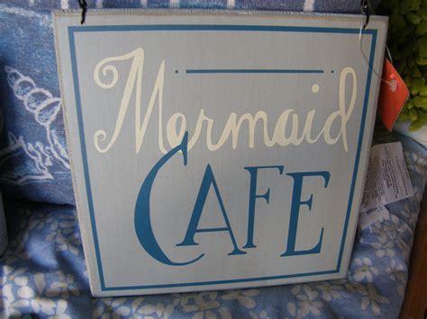mermaid cafe       menu clams crabs