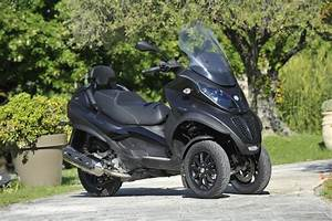 Essai Piaggio Mp3 500 : essai piaggio mp3 500 lt touring sport fashion forward pinterest touring scooters and sports ~ Medecine-chirurgie-esthetiques.com Avis de Voitures