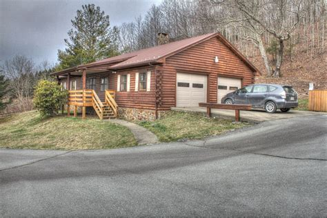 banner elk nc real estate listings country living vacations banner elk beech mountain and