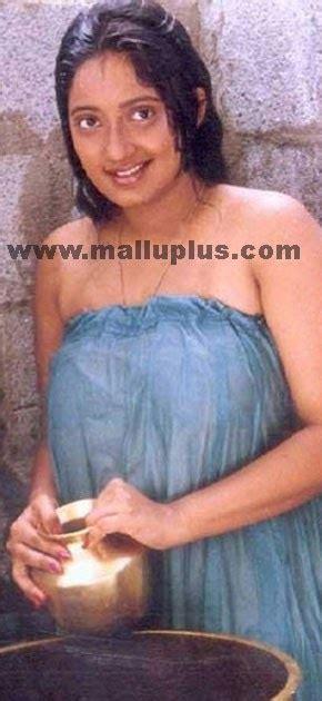 actress kanaka biography tamil hot actress hot photos kanaka tamil hot actress