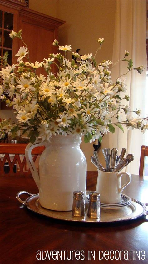 Flower Decoration Ideas For Kitchen by Best 25 Kitchen Table Centerpieces Ideas On