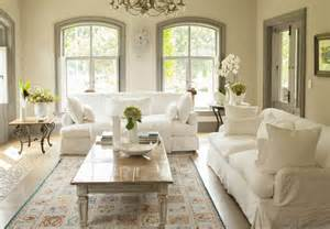 wohnzimmer ideen bilder quot light and airy quot living room with white couches design ideas pictures