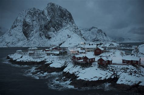 norway geographic national lofoten islands fishing attractions photographs village arctic contest most reine bennett january picturesdotnews paper amazing brown yarr