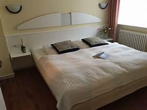 Bett 2m X 2m : ferienwohnung in der villa seeadler binz binz herr andreas vortkamp ~ Frokenaadalensverden.com Haus und Dekorationen