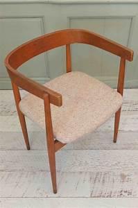 style scandinave mobilier maison design wibliacom With lovely meuble cuisine maison du monde 5 petit fauteuil en tissu jaune vintage maison du monde